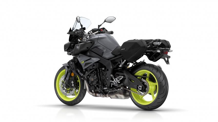 Yamaha MT-10 Tourer 2017: Mạnh mẽ, đẳng cấp - 8