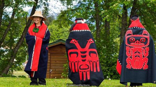 Bí ẩn về bộ lạc có tập tục hào phóng không tưởng ở alaska - 4