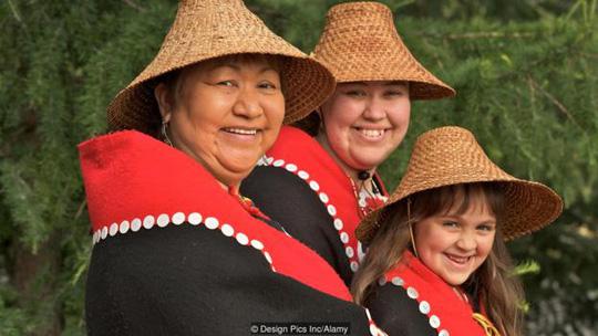 Bí ẩn về bộ lạc có tập tục hào phóng không tưởng ở alaska - 2