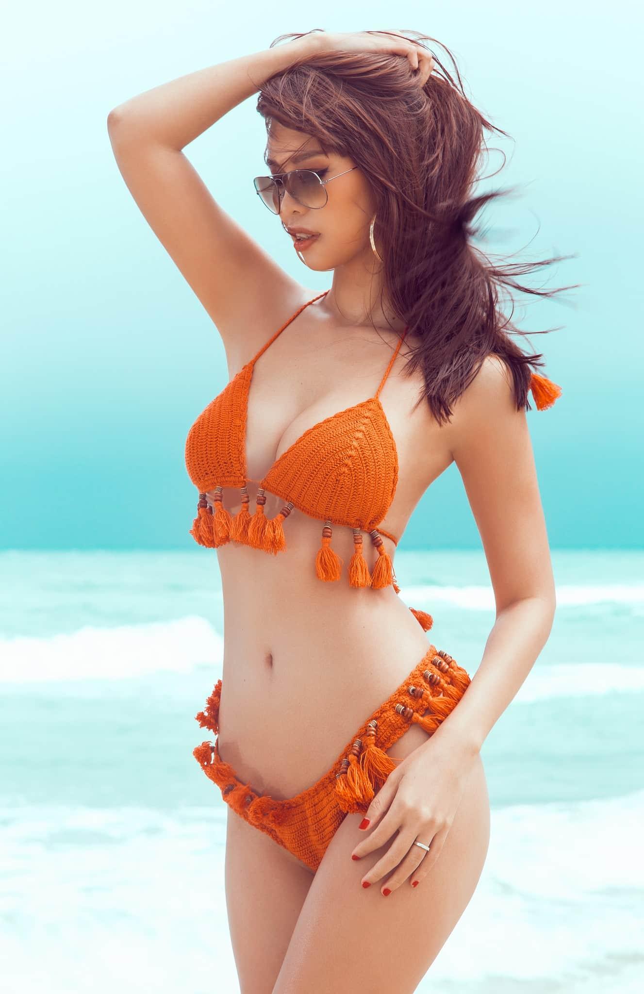"""Hà Anh mặc bikini gợi cảm """"áp đảo"""" hoa, á hậu quốc tế - 3"""