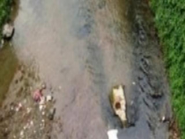 Hoảng hồn phát hiện khúc xương chân trôi trên suối