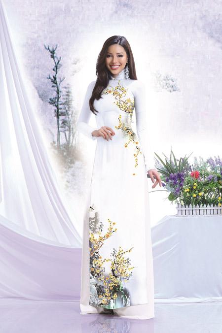 Thái Tuấn ra mắt BST 'Dòng chảy nghệ thuật' ấn tượng chào 8/3 - 4