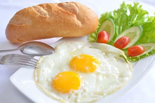 """Báo Mỹ: Bữa sáng người Hà Nội """"đắt đỏ"""" bậc nhất thế giới"""