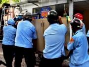 Tin tức trong ngày - Một phó chủ tịch phường bị đánh gãy tay khi dẹp vỉa hè