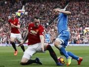 Bóng đá - Phil Jones sập bẫy, MU nhận bàn thua oan