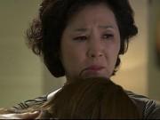 Bạn trẻ - Cuộc sống - Bị mẹ chồng bắt quả tang ngoại tình, nghe lý do, mẹ ôm con mà khóc