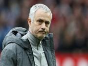 Bóng đá - Vua hòa MU: Mourinho than vãn, Ibra nhận hết lỗi lầm