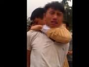 An ninh Xã hội - Bị công an bắt giữ, tên trộm khóc lóc xin tha