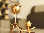 """Bạn trẻ - Cuộc sống - Xa xỉ phẩm 8/3: Tranh mạ vàng 24k, hoa hồng """"3 trong 1"""""""