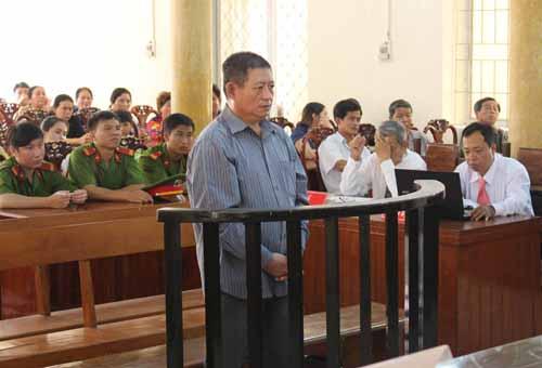 Trung tá Campuchia bán 2 người Việt thương vong lãnh án