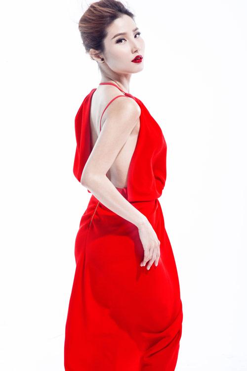 Nghẹt thở với những kiểu váy khiến Diễm My siêu quyến rũ - 5