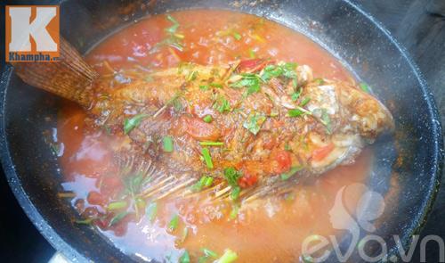 Cá rô phi sốt cà chua ngon cơm trong mọi thời tiết - 7