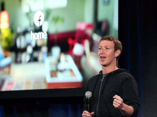 Sau 13 năm bỏ học, Mark Zuckerberg trở lại trường xưa lấy bằng ĐH