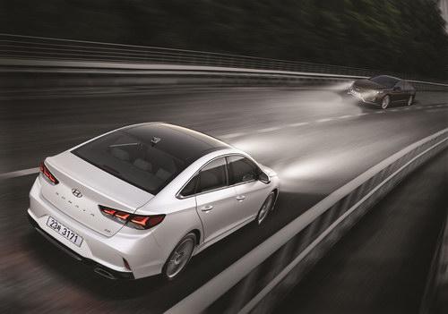 Hyundai Sonata 2018 có giá cao nhất 644 triệu đồng - 3
