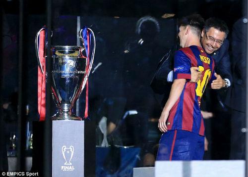 Thuyết âm mưu: Barca đổi Messi lấy vé tứ kết Cúp C1 - 3