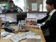 Tài chính - Bất động sản - Đã đến lúc nâng lãi suất tiền gửi USD?