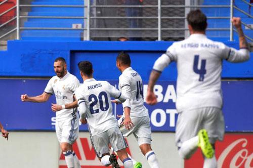 La Liga trước V27: Sau địa chấn Cup C1, Barca tiếp mồi ngon - 2