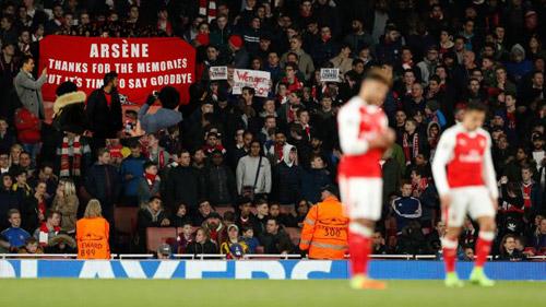 Arsenal không dám sa thải Wenger: Sợ hết chất, mất tiền - 1