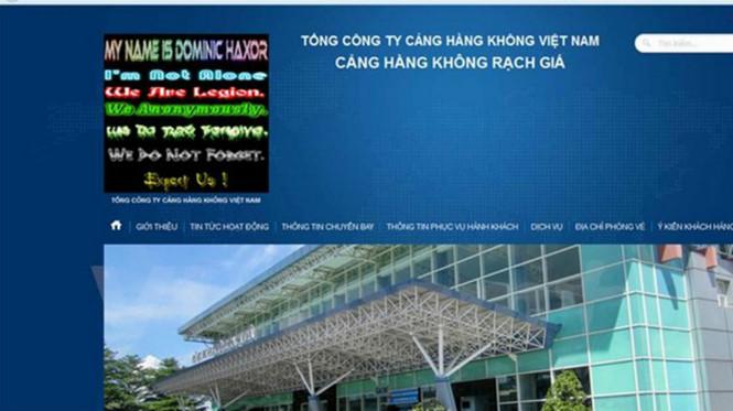 """2 tin tặc tấn công website sân bay để thể hiện """"đẳng cấp"""""""