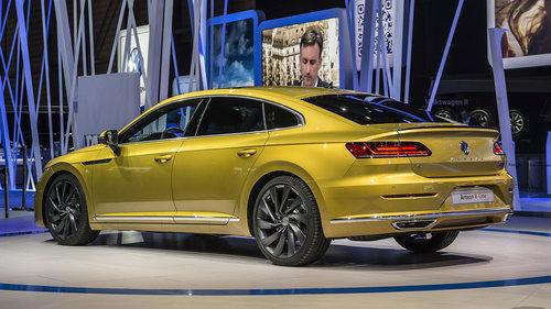 Volkswagen trình làng sedan hạng sang Arteon - 2