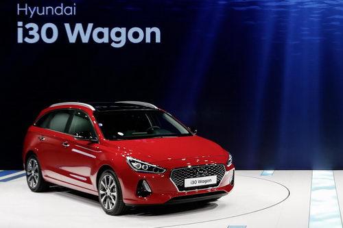 Hyundai i30 Wagon 2017 hoàn toàn mới ra mắt - 6