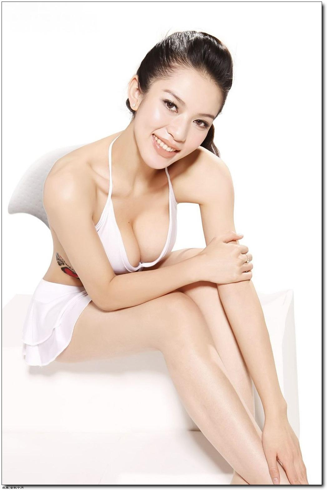 """Đường cong sexy của 3 cô bồ """"tài tử sát gái số 1 TVB"""" - 4"""