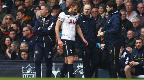 Đua top 4 NHA: Tottenham gặp hạn, thời cơ MU & Arsenal
