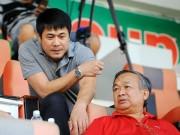 Bóng đá - Cái nhíu mày của HLV Hữu Thắng ở sân Pleiku