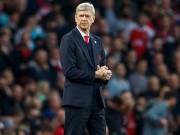 Bóng đá - Arsenal: CĐV học fan MU dùng máy bay đòi sa thải Wenger