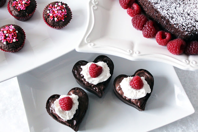 Chocolate trái tim đơn giản mà lãng mạn cho ngày Valentine trắng - 1