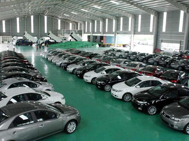 """Bộ Công Thương sửa thông tư 20, """"cởi trói"""" cho doanh nghiệp nhập ôtô"""