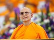 """Nhà sư Thái Lan  """" tàng hình """"  giữa vòng vây 4.000 cảnh sát?"""