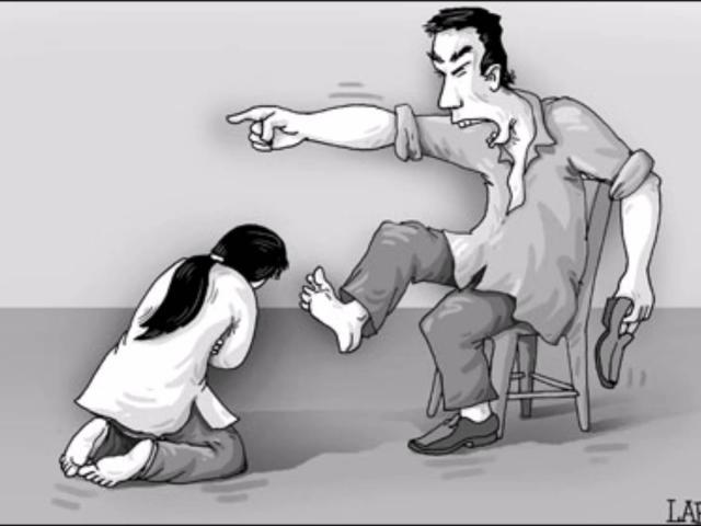 Truyện cười: Vợ chồng mang họa vì diễn sâu quá