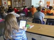 """Công nghệ thông tin - """"Cuộc chiến trong phòng học"""" của Apple, Microsoft và Google"""