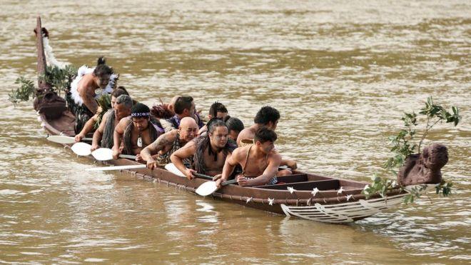 Dòng sông đầu tiên trên thế giới được trao quyền con người - 2