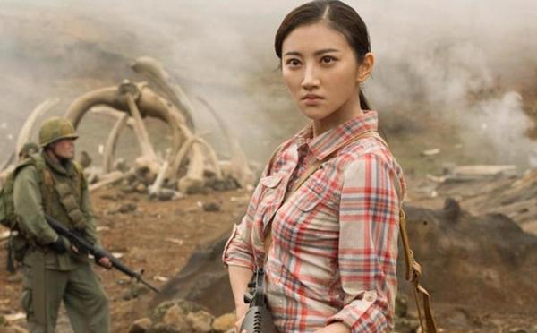 """Choáng với """"thế lực"""" của mỹ nhân đẹp nhất phim Kong - 1"""
