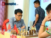 """Quang Liêm  """" đấu chung kết """"  với 3 kỳ thủ Trung Quốc"""