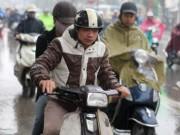 Tin tức trong ngày - Bắc Bộ mưa không ngớt, Nam Bộ có nơi nắng nóng 36 độ C
