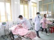 Vụ xe đón dâu gặp nạn: Chuyển 2 người bị thương nặng nhất lên HN