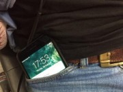Sức khỏe đời sống - Để điện thoại trong túi quần sẽ giết chết tinh binh