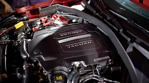 Jaguar F-Pace có giá từ 3,6 tỷ đồng tại Việt Nam - 9