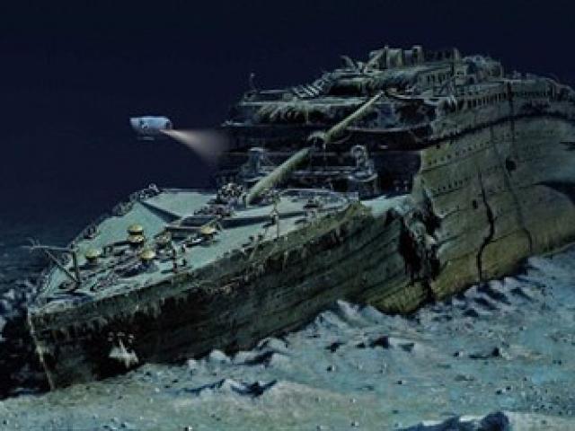 2,2 tỉ đồng/vé xuống đáy biển thăm xác tàu Titanic
