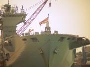 Bên trong chiến hạm lớn nhất nước Anh