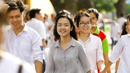 ĐH Kinh tế Quốc dân mở thêm tổ hợp mới Toán, Hóa học, Tiếng Anh - 1