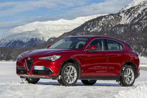 Alfa Romeo Stelvio: Sinh ra làm đối thủ Porsche Macan - ảnh 2