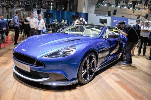 Aston Martin Vanquish S Volante 2018 giá 7,1 tỷ đồng - ảnh 1