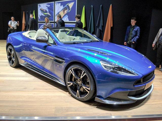Aston Martin Vanquish S Volante 2018 giá 7,1 tỷ đồng - ảnh 2