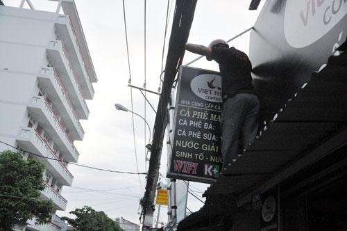 TP.HCM: Vỉa hè khác lạ sau khi bà nữ chủ tịch phường đi qua - ảnh 2
