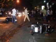 Tin tức trong ngày - Ô tô tông 3 xe máy, bà bầu và 7 người trọng thương