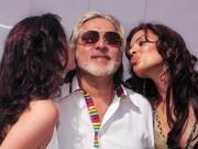 """Thế giới - Tỉ phú nổi tiếng hào phóng và """"sát gái"""" bậc nhất Ấn Độ"""